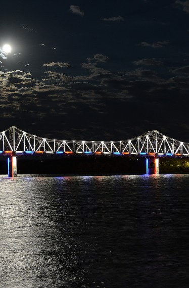 Murray Baker Bridge Exterior Lighting Moon